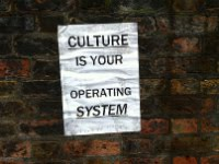 "Affiche ""Culture is your operating system"""