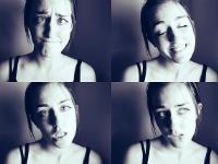 Femme mimant 4 émotions