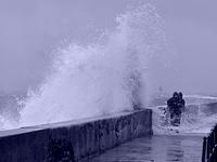 Grande marée, vague imprévisible