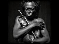 Miles Davis et sa trompette, par Michel Comte - 1989