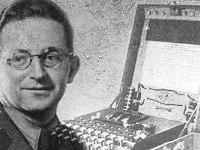 Marian Rejewski vs Enigma