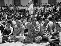 Sit in, SAIGON 1963 - Chùa Xá Lợi (J.M. BURFIN/AFP/Getty Images)