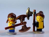 Legos attaquants avec haches