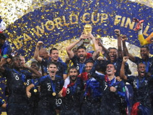 Equipe de France fêtant la coupe du monde de football