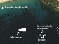Vue aérienne de la baie de Cavalaire, schéma du bateau et de la véliplanchiste